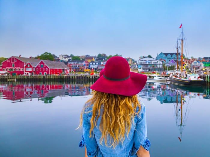 Budget Travelling Tips on Nova Scotia
